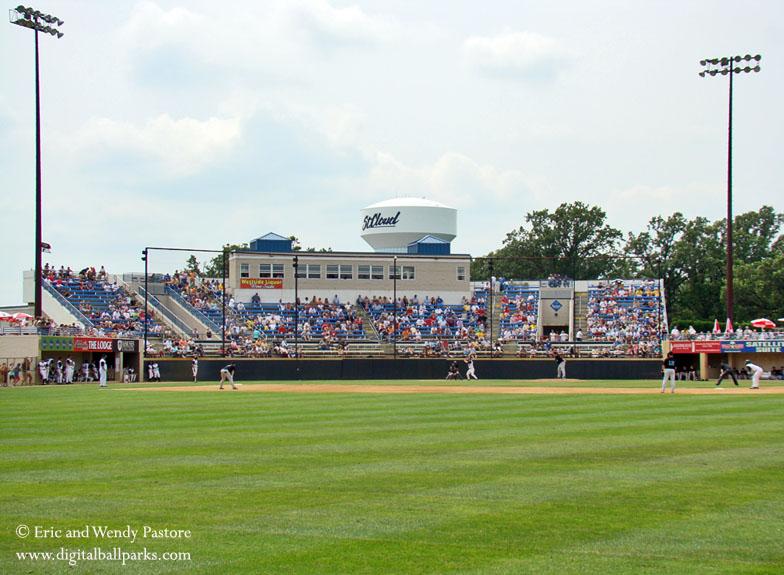Joe Faber Field - St. Cloud Minnesota - St. Cloud Riverbats / Univ ...